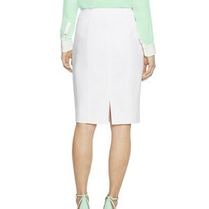 White House Black Market | White Pencil Skirt